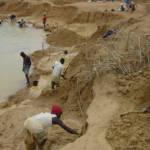 Diamantenmine in Sierra Leone Blutdiamanten finanzierten den 10 jährigen Bürgerkrieg  | Bild (Ausschnitt): © USAID Biodiversity& Forestry [CC BY-NC 2.0]  - flickr